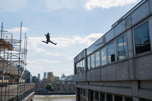 MI fallout saut d'immeuble.jpg
