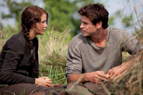 hunger games katniss et gale.jpg